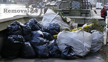 Clean waste collection and disposal in London