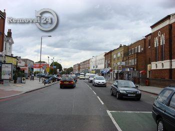 Punctual removals in Balham