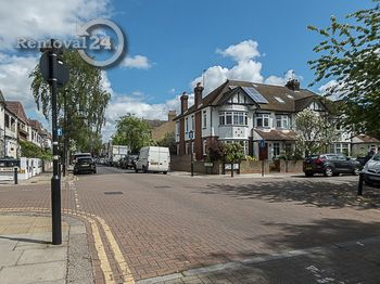Simple business removals in Bowes Park, N22
